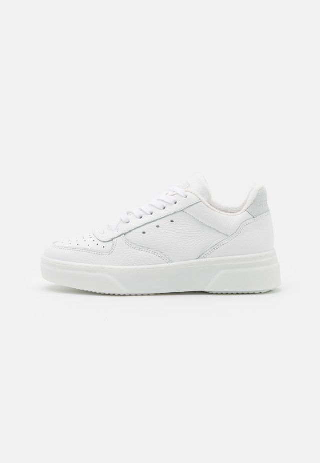 DARMA - Trainers - white