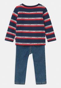 Levi's® - SET  - Slim fit jeans - dark blue/red - 1