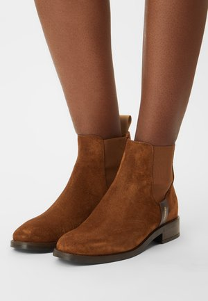 FAYY - Classic ankle boots - cognac