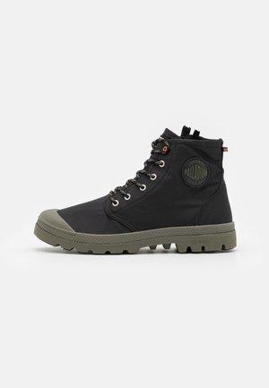 PAMPA RCYCL LT WP UNISEX - Šněrovací kotníkové boty - black