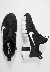 Nike Performance - FREE METCON 3 - Sports shoes - black/white - 1