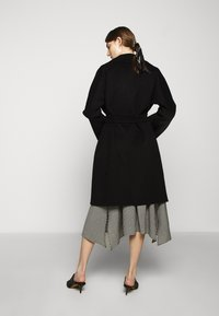 WEEKEND MaxMara - Classic coat - schwarz - 2