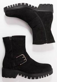 Gabor - WIDE FIT - Platform ankle boots - schwarz - 3