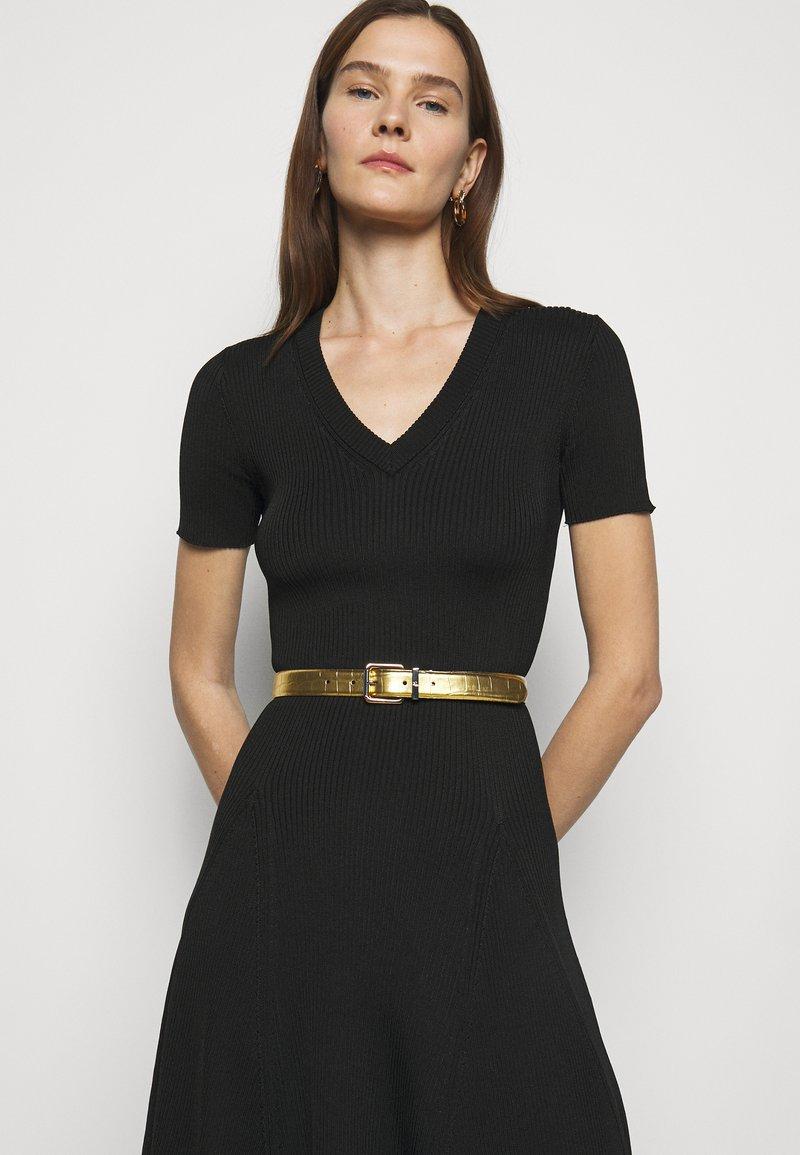 Lauren Ralph Lauren - CROC EMBOSS TWO TONE - Belte - antique gold-coloured/black