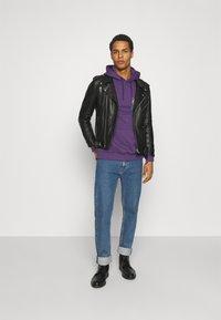 YOURTURN - UNISEX - Bluza z kapturem - purple - 1