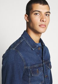 Jack & Jones - JJIALVIN - Spijkerjas - blue denim - 3