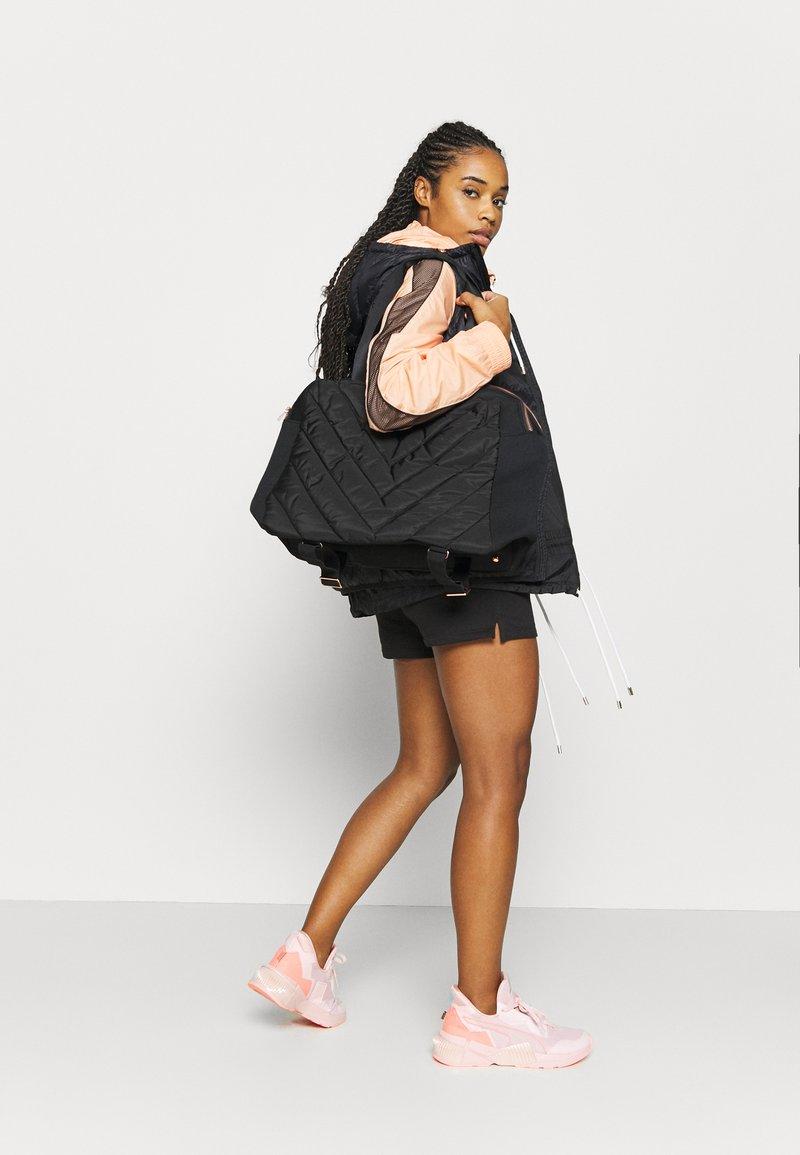 Sweaty Betty - ICON KIT BAG - Sports bag - black