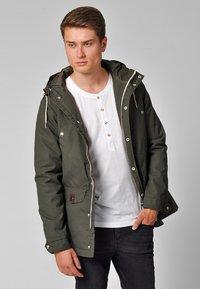 REVOLUTION - HEAVY - Winter jacket - oliv - 0