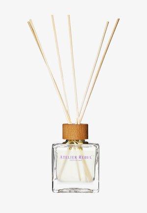 LAVENDER REED DIFFUSER 120ML - Eau de Parfum - -