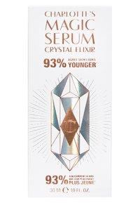 Charlotte Tilbury - MAGIC AURA SERUM - Serum - - - 2