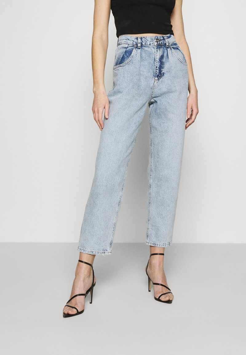 KENDALL + KYLIE - BALLOON PANTS - Jeansy Relaxed Fit - medium wash