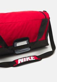 Nike Performance - 60L UNISEX - Treningsbag - university red/black/white - 4