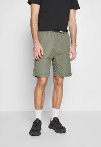 Carhartt WIP - CLOVER LANE - Shorts - dollar green rinsed - 0