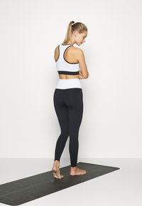 HIIT - LONGLINE BRALET  - Sports bra - black - 2