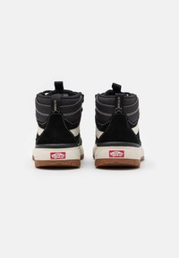 Vans - ULTRARANGE EXO MTE - High-top trainers - black - 2