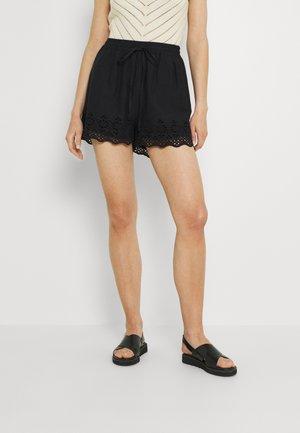 ONLCARLOTTA  - Shorts - black