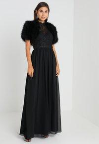 Luxuar Fashion - Mantella - schwarz - 2