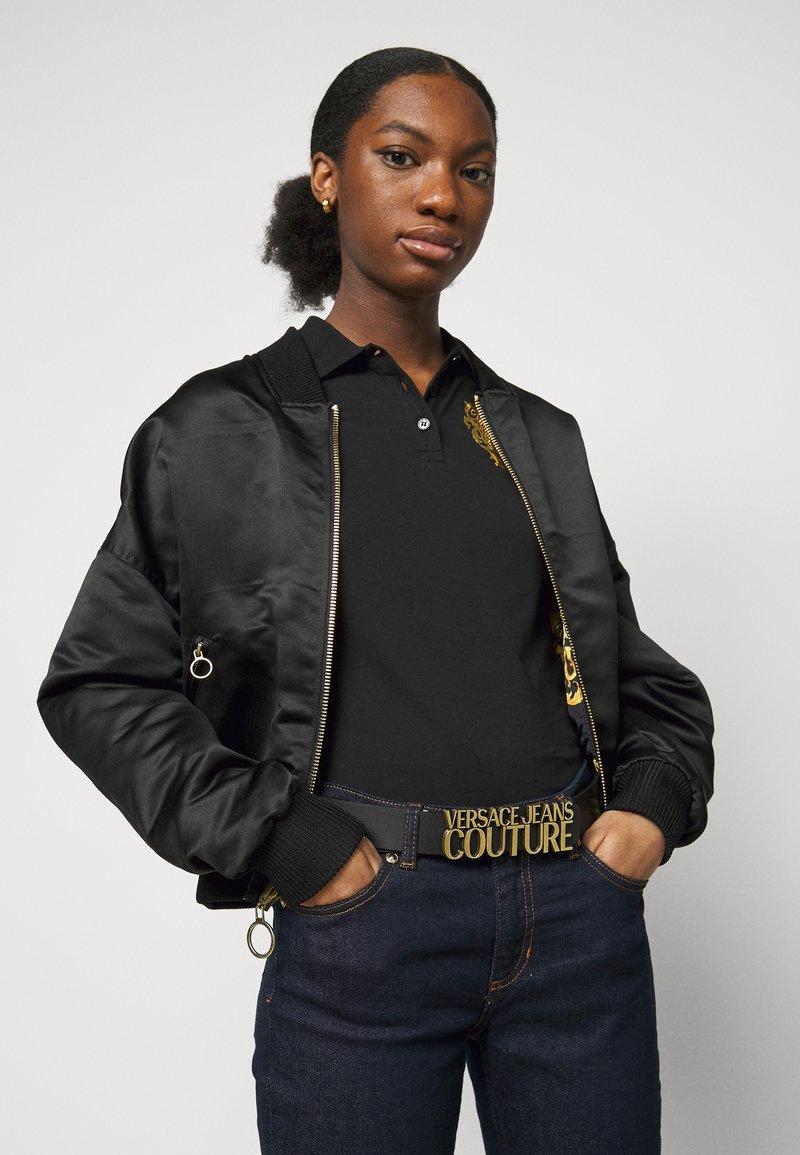 Versace Jeans Couture - LETTERING BUCKLE - Pásek - nero