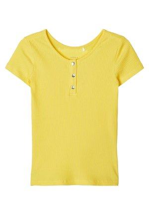 T-SHIRT SLIM FIT RIPPDESIGN - T-shirt med print - aspen gold