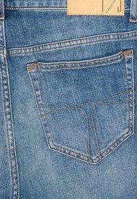 Tiger of Sweden Jeans - ASH - Denim shorts - medium blue - 2