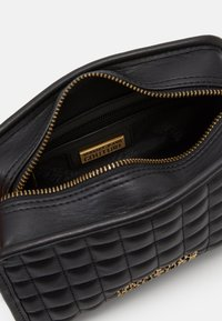 Versace Jeans Couture - CAMER BAG ZIPQUILTING - Sac bandoulière - nero - 3