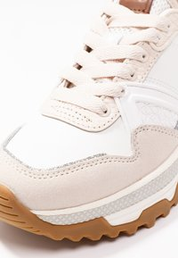 Coach - RUNNER WITH GLITTER - Sneakers laag - white/chalk - 2