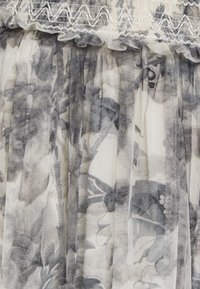 Needle & Thread - TOILE DE JOUY DELPHINE SMOCKED SKIRT EXCLUSIVE - A-line skirt - graphite/champagne - 2