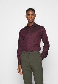 OLYMP - Luxor - Zakelijk overhemd - bordeaux - 0