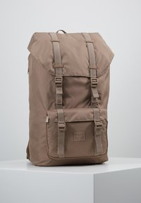 Herschel - LITTLE AMERICA LIGHT - Tagesrucksack - pine bark - 0