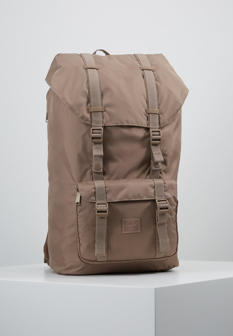 Herschel - LITTLE AMERICA LIGHT - Tagesrucksack - pine bark