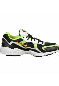 Nike Sportswear - Sneakers - black/volt-habanero red-white - 5