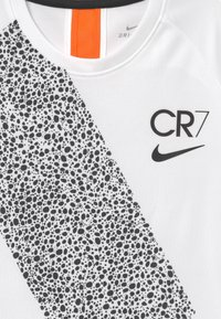 Nike Performance - CR7  - Triko s potiskem - white/black - 3