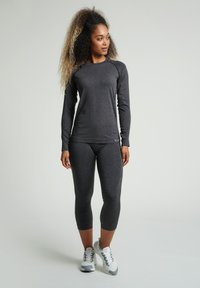 Hummel - HMLCI SEAMLESS  - Long sleeved top - black melange - 1