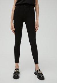 PULL&BEAR - SKINNY - Jeans Skinny Fit - black - 0