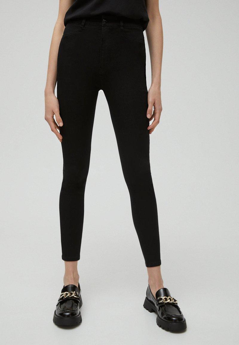 PULL&BEAR - SKINNY - Jeans Skinny Fit - black