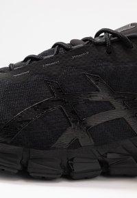 ASICS - GEL-QUANTUM 180 5 - Chaussures de running neutres - black - 5