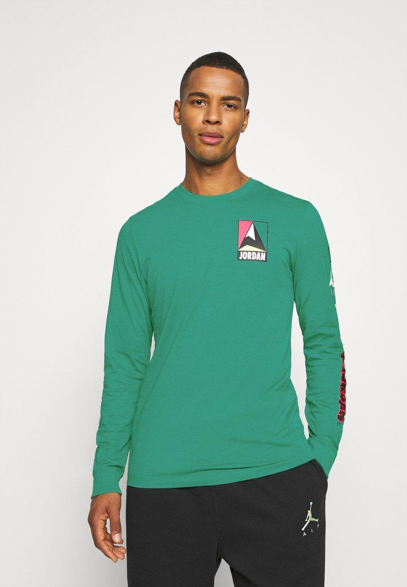 Jordan - MOUNTAINSIDE CREW - Long sleeved top - neptune green