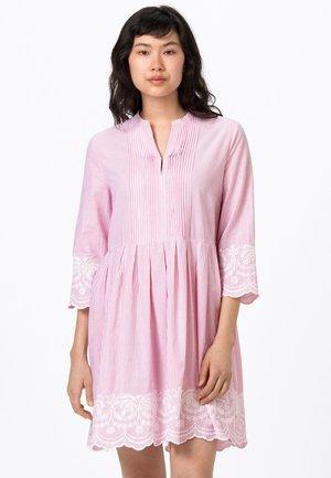 Robe d'été - rosenquarz