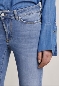 Hunkydory - Bootcut jeans - used light blue - 4