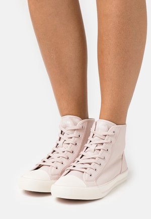 Baskets montantes - soft pink