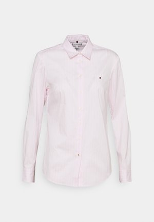 SLIM FIT - Button-down blouse - light pink