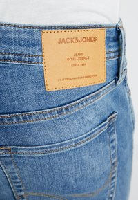 Jack & Jones - JJIGLENN JJORIGINAL - Jeansy Slim Fit - blue denim - 5