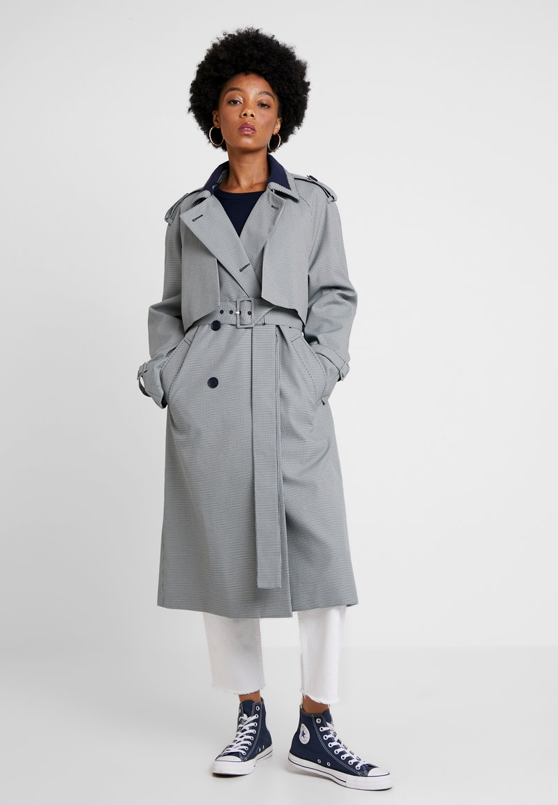 Lacoste - Trenchcoat - geode/wheelwright-navy blue