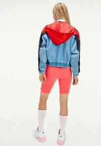 Tommy Jeans - Light jacket - red,light blue,blue - 1