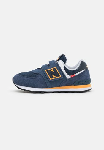 PV574SY2 - Trainers - navy