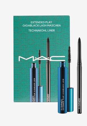ALL BLACK EVERYTHING 2 - Makeup set - -