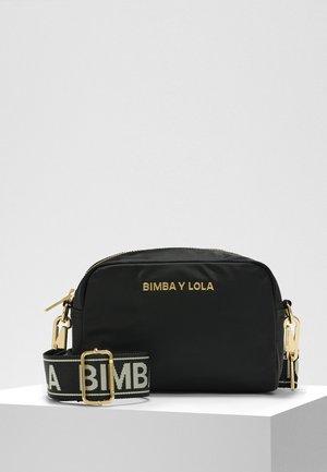 BIMBA Y LOLA S BLACK CROSSBODY BAG - Umhängetasche - black