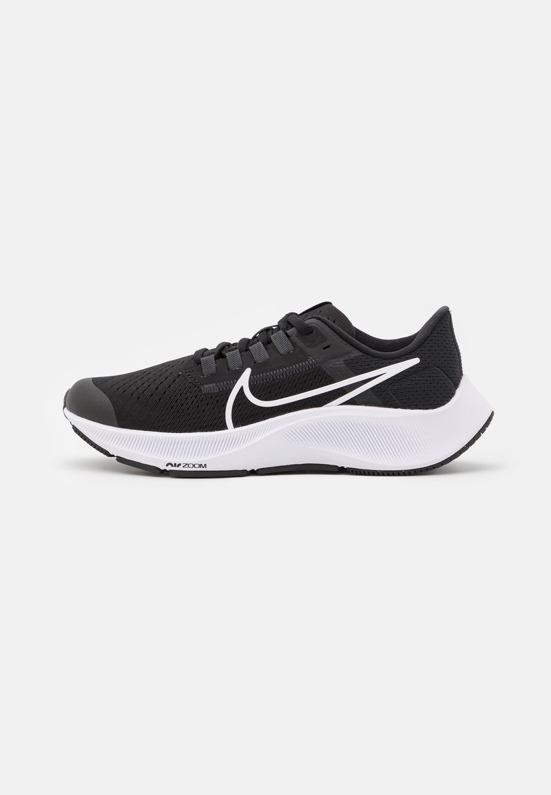 Nike Performance - AIR ZOOM PEGASUS 38 UNISEX - Zapatillas de competición - black/white/anthracite/volt