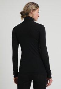 Hanro - WOOLEN-SILK MIX - Undershirt - black - 2