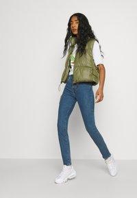 Levi's® - 721 HIGH RISE SKINNY - Jeans Skinny Fit - bogota heart - 3